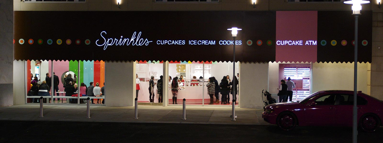 sprinkles case study Modernfold glass case study - sprinkles (pdf) sprinkles uses modernfold's 362 sr-drs glass wall system as a security wall to separate the shop and the open atrium area when their store is.